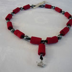 KE1320, 60 cm, € 23,00 rote Walzen mit silberner Perle