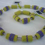 KE1326, Set, 58 cm & Armband Gummizug, € 28,50