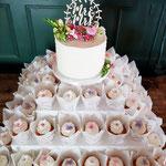 Mandy en Henri, Veldbloemen, Real Flowers Wedding Cake, Bruidstaart Den Bosch