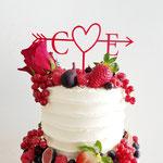Details White and Red Fruit WeddingCake, Cor en Els, bruidstaart 's-Hertogenbosch , bruidstaart den bosch