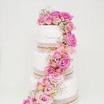 Waterfall of Roses WeddingCake, Paula en Jelle, Weddingcake Den Bosch, Bruidstaart Den Bosch