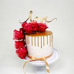 Change the date Cake, Golden Drip and Roses, WeddingCake Den Bosch