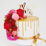 Golden Drip and colourful Flowers WeddingCake, Bruidstaart Den Bosch