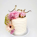 Change the date Cake, LoveCake with Flowers, WeddingCake Den Bosch, Bruidstaart Den Bosch