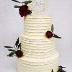WeddingCake with purple ranunculus, Eva en Hans, Weddingcake Den Bosch, Bruidstaart Den Bosch