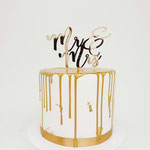Simplicity is so Beautiful, white and Gold Weddingcake, Taart Den Bosch