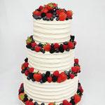 Weddingcake with fruit, fam van de Broek, WeddingCake Den Bosch, Bruidstaart Den Bosch