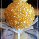 Cakepops Gold with golden sprinkles, Cakepops den Bosch