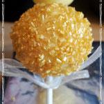 Cakepops Gold with golden sprinkles, Cakepops den Bosch