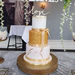 White and Gold Confetti, Liwei en Kai, Bruidstaart Den Bosch, WeddingCake Den Bosch, Lokatie Kasteel Maurick