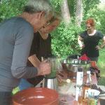 Wildkräuter Menü im Gudwork Garten