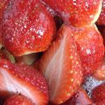 レッドパールの苺ソース