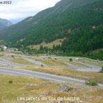 Le versant italien du Col de Larche est plus abrupt que le versant français