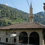 Bérat: mosquée des célibataires