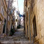 Dubrovnik: ruelle en escaliers