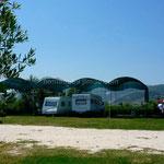 Ura Vajgurore, à quelques km de Bérat: le camping Bérat Caravan Camping.