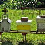 Monastère de Morača, ruches en forme d'église