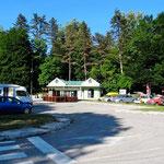 Parking du soir à Cetinje.