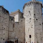 Split: tour du Castel vénitien et statue de Marko Marulić
