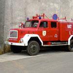 Lun, le camion de pompiers date de l'époque titiste