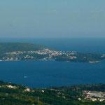 Peu avant la frontière la vue se dégage sur la côte adriatique