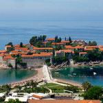 Sveti Stefan, ancien village de pêcheur transformé en hôtel pour stars.