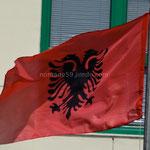 Le drapeau albanais