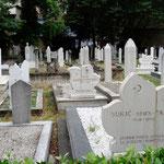 Mostar: cimetière musulman avec de nombreuses tombes de 1993