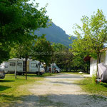Au camping Lago 3 comuni à Trasaghis (Italie)