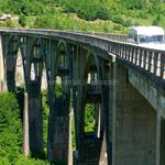 Sur le pont Durdeviča Tara