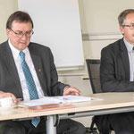 Bischof Prof. Dr. Martin Hein und Bernhard Drude, Leiter des Staatlichen Schulamtes