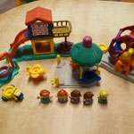 EI83 Speeltuin Little People F.P.
