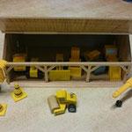 EI133 Loods met werkvoertuigen
