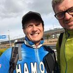 Peter und Michael auf Hokkaido in Nagoya angekommen.