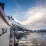 das Hotel Sagafjord bereits in Sichtweite