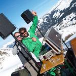 """""""Schiwiege Thomas"""" und DJ"""