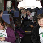 Die Schülerflöhe im Bus