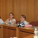 Über 20 Schülerflöhe waren im Rathaus