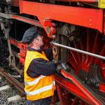 Der Aufenthalt wird vom Personal zur Lokpflege genutzt