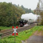 Passendes Ensemble zur Dampflok an der Alsenzbahn
