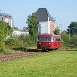 Ohne Halt wird der ehemalige Bahnhof Dürscheven durchfahren