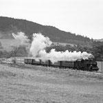 Im Oktober 1998 absolvierte 94 1538 auf der Westeifelbahn ihre erste Fahrten unter Regie des Eifelbahn e.V., aufgenommen bei Müllenborn