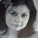 Фрагмент, портрет девушки, сухая кисть