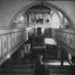 Kircheninneres im Sommer 1957