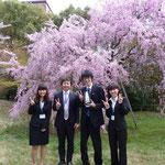 左から 吉江さん、中島助教、鎌倉さん、上條さん