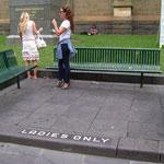 réservé aux dames