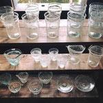 蔵のカフェ+ギャラリー灯環さんで10月に開催された「うるわしのかさましこ展」伊藤亜木さんの再生ガラス。大好きな吉澤奈保子さんの器やマノメ工房さん、taro工房さんの器もこの時に