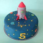 Taart met raket, ruimtetaart