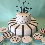Sweet16 taart, black&white party