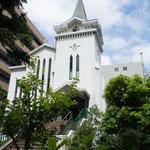 初夏の横浜海岸教会(改修前)
